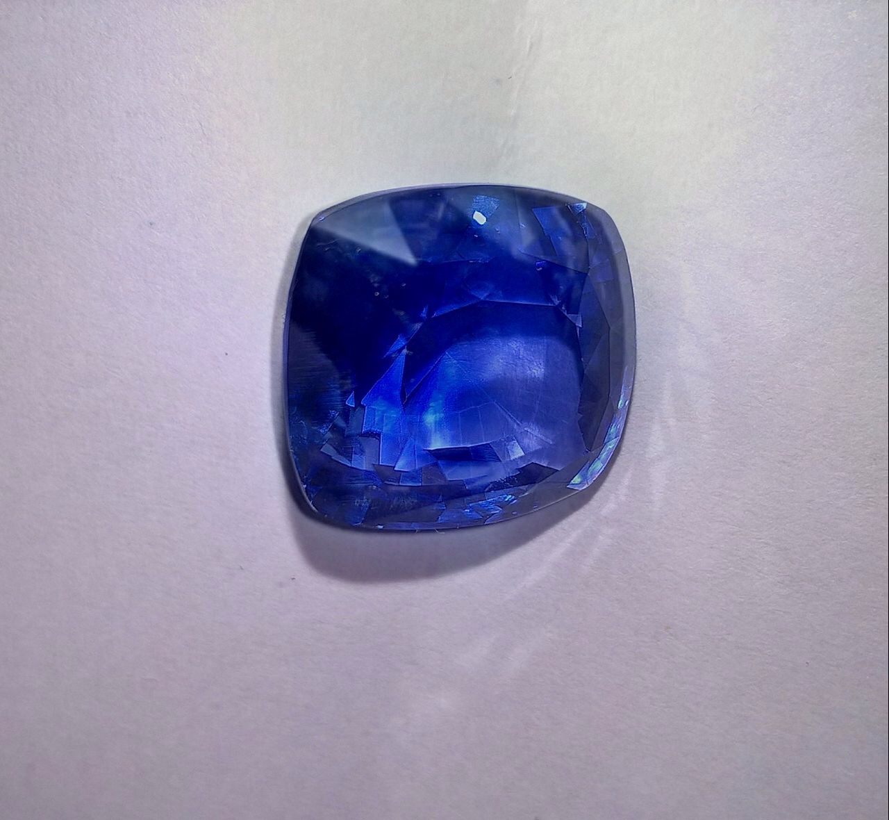 light si r blue loose shape lanka pear aa sapphire unheated natural rectangle medium dark sri vs gemstones ct